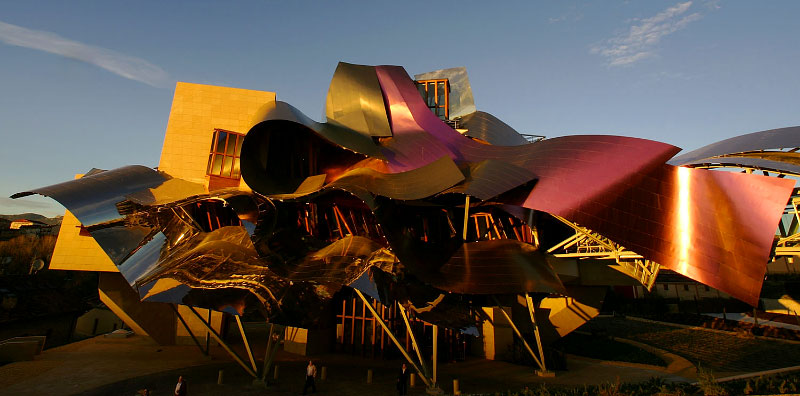 Frank Gehry  Marques de Risca hq. in Logrono, Spain