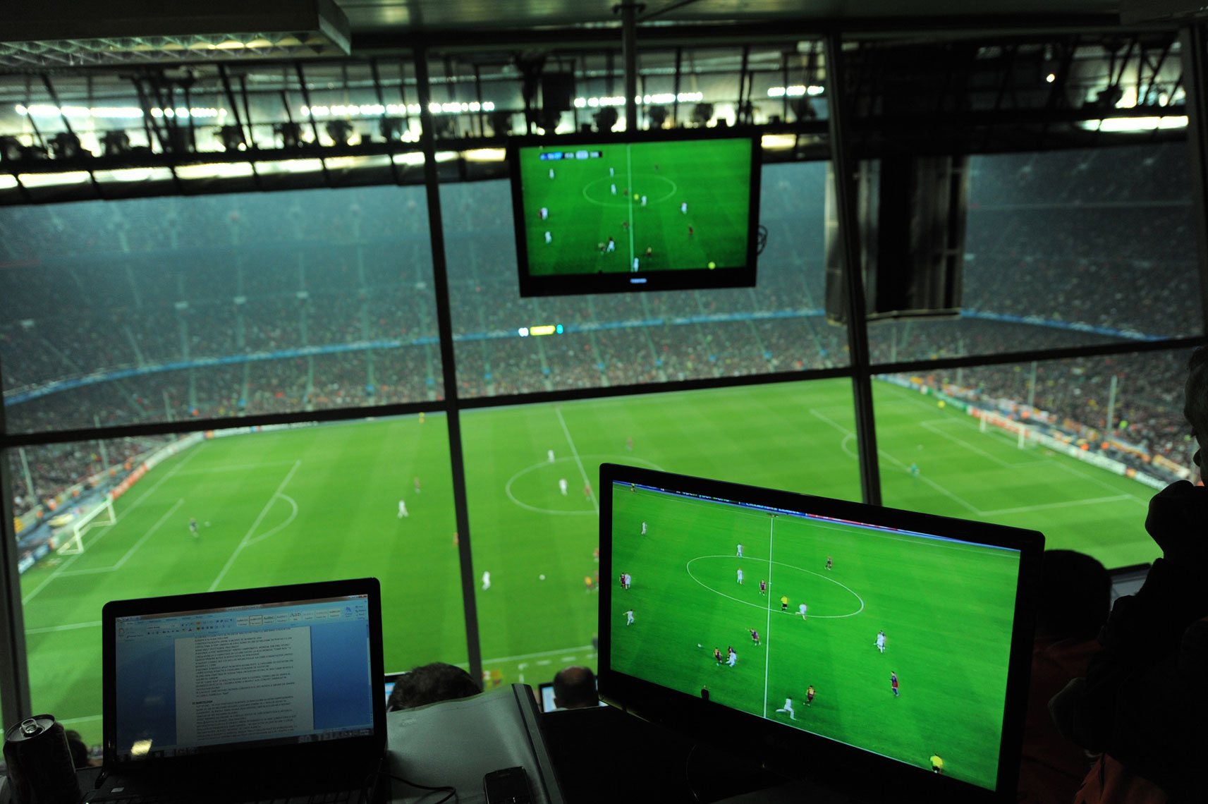 TV_screens_Camp_Nou
